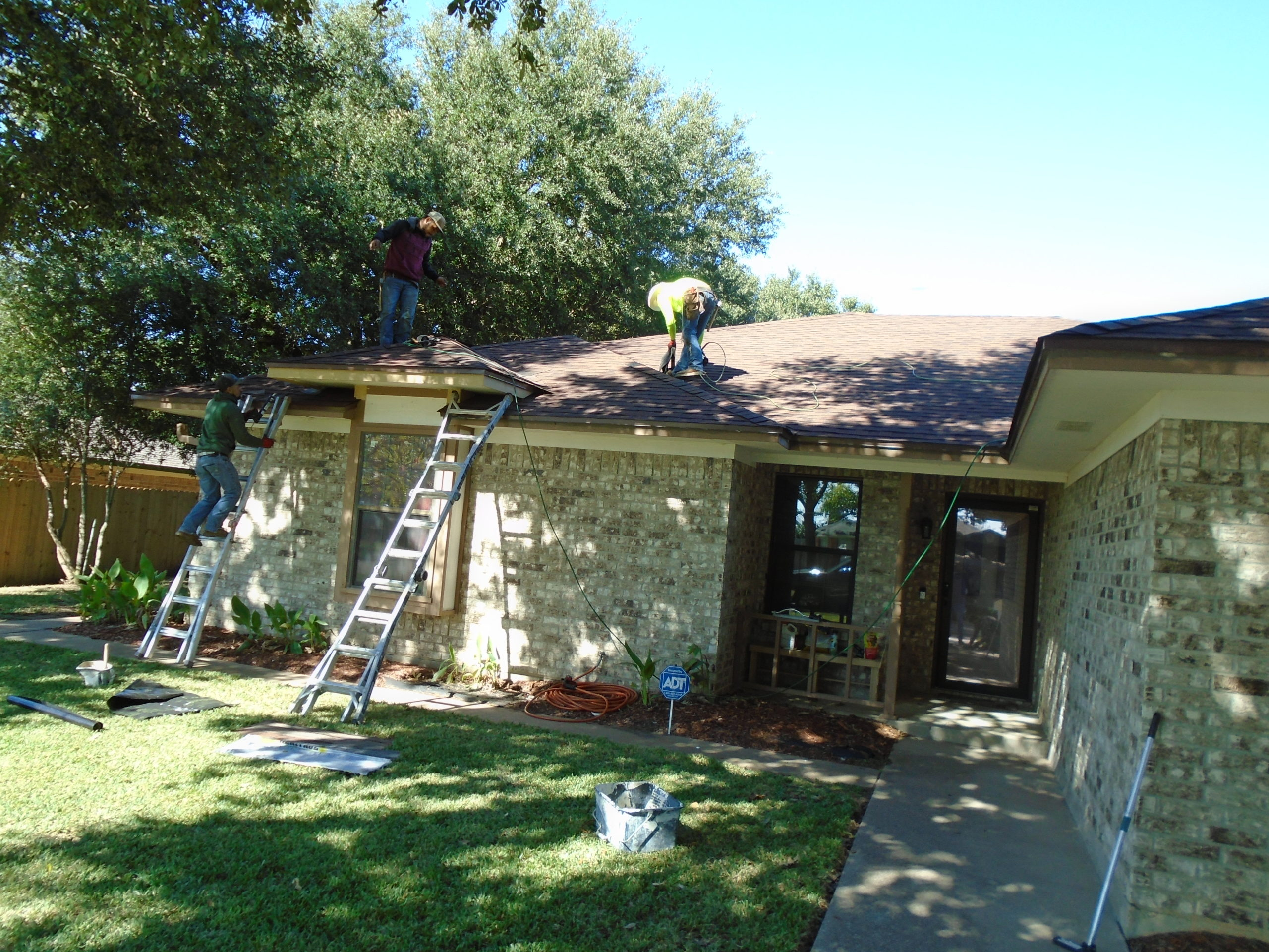 Best Roofing & Remodeling Waco New Shingle Roof Construction Project 3