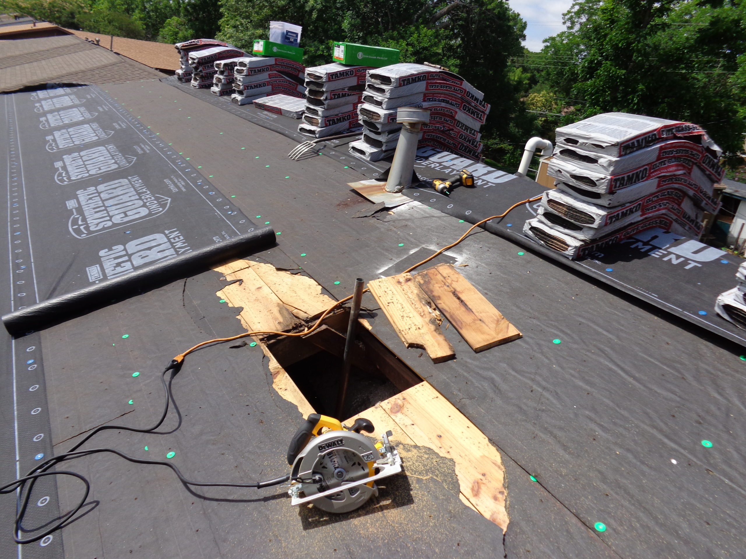 Best Roofing Waco - Residential Roofing Replacement